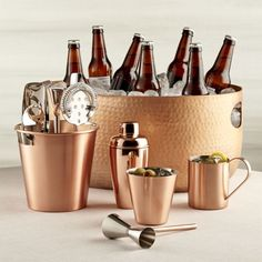 Beautiful copper finish enhances the artisanal look of our hand-hammered aluminum beverage tub, generously sized to chill a party Copper Kitchen Accessories, Home Bar Accessories, Cooper Kitchen, Rose Gold Kitchen, Copper Tray, Beverage Tub, Copper Decor, Phone Organization, Bar Set