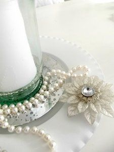 Stilleben - White pearls and silver.  #stilleben #silver #ljus #dekoration