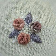 Wonderful Ribbon Embroidery Flowers by Hand Ideas. Enchanting Ribbon Embroidery Flowers by Hand Ideas. Brazilian Embroidery Stitches, Hand Embroidery Stitches, Silk Ribbon Embroidery, Hand Embroidery Designs, Cross Stitch Embroidery, Bullion Embroidery, Embroidery Cards, Hardanger Embroidery, Embroidery Kits