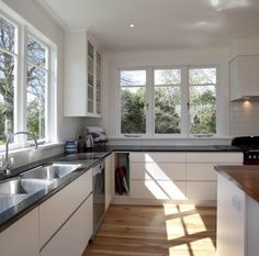 Kitchen designed and custom made by Treetown Kitchens of Cambridge.