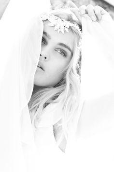 Jannie Baltzer Accessories with Photgraphyby Sandra Aberg #beautiful #wedding #hair #veil #photograph