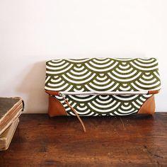 Bolso plegable embrague / verde oliva de onda patrón y Tan cuero / cremallera embrague/manantial/junio tendencia