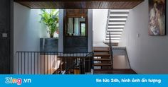 Căn nhà mặt hướng Tây mà không lo nóng ở Nha Trang Xem bài viết => Read post: https://vn.city/can-nha-mat-huong-tay-ma-khong-lo-nong-o-nha-trang.html #TintucVietNam - #VietNam - #VietNamNews - #TintứcViệtNam Nhờ thiết kế mặt tiền độc đáo dạng như rèm chống nắng và bao quanh bởi cây xanh, căn nhà dưới đây có mặt quay về hướng Tây nhưng vẫn không lo bị nóng.  Tin tức Việt Nam, Thông tin tổng hợp