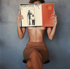 A well read women is a dangerous creature Body Photography, Creative Photography, Portrait Photography, Fashion Photography, Shooting Photo Boudoir, Shotting Photo, Poses Photo, Photo Portrait, Foto Art