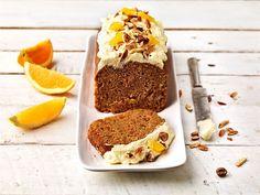 Mehevä porkkanakakku on mutkaton valmistaa. Kakku saa pintaansa raikkaan appelsiinirahkakerroksen sekä ihanan rouheiset, paahdetut mantelit.