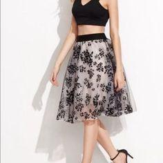 ShopNicety Dresses & Skirts - Flared floral full skirt