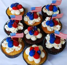 4th of July Cupcakes - Sweet Ali's Gluten Free Bakery - Hinsdale, IL. www.sweetalis.com