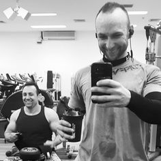 Mood after you swept 95min of cardio and burned 1400kcalSome of you never believed in me and that's fineI PROVE YOU ALL WRONGLike a steam train Wearing best gym gear from @tuffwrapsuk  Today we do run some special offer on Villain wrist wrap so go and check it out guys  #TuffWraps #gym #weightlifting #muscle #fit #fitness #workout #physique #squat #legday #lean #fitspo #diet #fitnessmodel #training #ukbff #instafit #wristwraps #bodybuilding #fitfam #instagood #motivation #crossfit #nutrition…