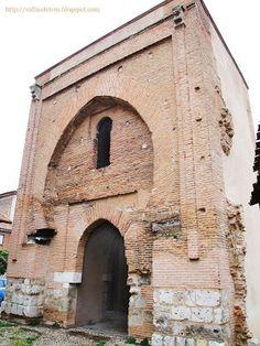 La puerta del Palacio de María de Molina. Valladolid