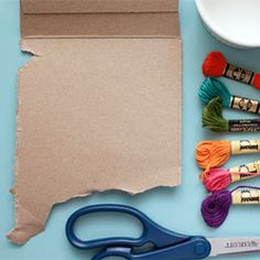 Check out all of the fun projects that you can do with some cardboard and string. #craftgawker