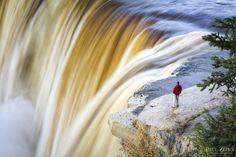 Alexandra Falls, Northwest Territories, Canada – Paul Zizka