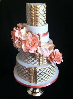 Gold and Peach wedding cake
