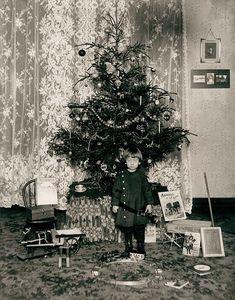 The Christmas Haul, ca. 1900 by Missouri History Museum, via Flickr