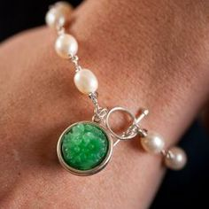 Girasol Pearl Bracelet with Vintage Glass Charm