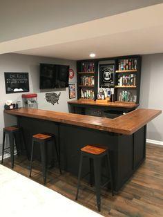 Basement Sports Bar, Rustic Basement Bar, Basement Bar Plans, Basement Bar Designs, Home Bar Designs, Basement Makeover, Basement Ideas, Home Bar Rooms, Diy Home Bar