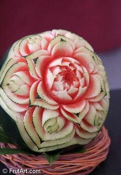 Watermelons. FrutArt. Photo gallery. Fruit carving.