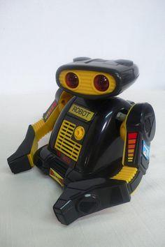 Vintage elektronische Roboter Spielzeug von DACAIS auf Etsy