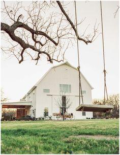 The White Sparrow Barns White Sparrow Barn, White Barn, Barn Wedding Venue, Barn Weddings, Barn Renovation, Best Barns, Dream Barn, Urban Setting, Shooting Photo