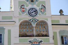 Das (Gmundner Keramik) Glockenspiel am Rathaus von #Gmunden #Upper Austra