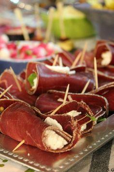 Roulés au fromage frais et viande des grisons-bouilles gourmandes
