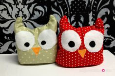 DIY Owie Boo Boo bags for hot or cold compress filled with rice or beans. Free Owl Pattern on blog