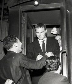 American actor Marlon Brando gets off the train on his arrival in. News Photo - Getty Images Marlon Brando, Jean Simmons, Most Handsome Men, Beautiful Inside And Out, Got Off, The Godfather, Dimples, Still Image, American Actors