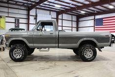 Big Ford Trucks, 1979 Ford Truck, Ford Ranger Truck, Classic Pickup Trucks, Old Pickup Trucks, Diesel Trucks, Car Ford, Lifted Trucks, Ford 79