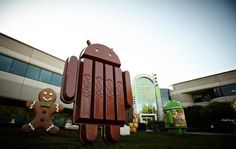There's a new statue on Android's lawn. A new Nexus in the works? ~ via cybershack.com
