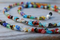 Eyeglass Holder Colorful Beaded Eyeglass por MichelesAManoDesigns