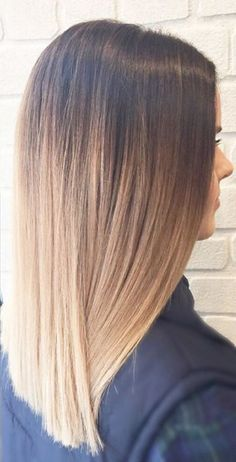 Women Hairstyles Half Up .Women Hairstyles Half Up Ecaille Hair, Baliage Hair, Balayage Long Hair, Hair Color Balayage, Hair Highlights, Medium Hair Styles, Short Hair Styles, Ombré Hair, Shoulder Hair