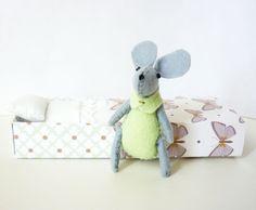 Mint mouse plush matchbox by atelierpompadour on Etsy, €17.00
