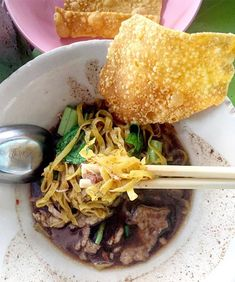 Boat noodles are a local and extremely flavorful element of Thai cuisine. Where to find the best boat noodles in Bangkok? Read on to find out!