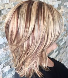 Idei de tunsori par lung in scari pentru femei la moda in 2019 Hairstyles ideas are long on the stairs for fashion women in 2019 Uk Hairstyles, Square Face Hairstyles, Haircuts, Headband Hairstyles, Short Hair Makeup, Blonde Hair Makeup, Medium Hair Styles, Natural Hair Styles, Short Hair Styles