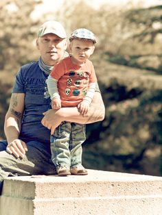 Daddy Rico & Mac. My photo. Posing for mommy's taking-pictures-addiction at Parc de Butte Chaumont, Paris, june 2012. Hurry up mom!