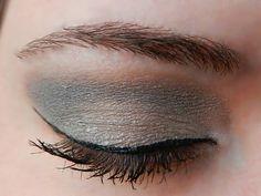 Base: Sandstone Pearl ShadowSense Blending: Granite and Smoked Topaz ShadowSense Accent: Shine ShadowSense Liner: Black EyeSense Mascara: Black LashSense