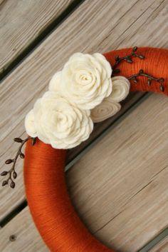 idea, fall felt, felt wreath, fall crafts, craft projects, fall wreaths, felt flowers, craftssew project, yarn wreaths