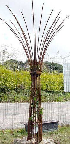 Steel rebar sculptures Climbing umbrellas Bespoke designs made to order. Great idea for a wine bottle tree Garden Arbor, Garden Trellis, Metal Trellis, Trellis Panels, Hops Trellis, Metal Yard Art, Metal Art, Garden Crafts, Garden Projects