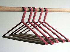 Spice up your closet with Bernhard Bukard's eco-friendly hangers crafted from traditionally woven Eastern European fabrics. Coat Hanger, Clothes Hanger, Hangers, Industrial Design Furniture, Furniture Design, Hanger Crafts, Clean Technology, Swiss Design, Garment Racks