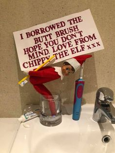 Elf on the Shelf Ideas for Kids With Messages Which Kids Are Gonna Love - Hike n Dip - - Here are over 70 Elf on the Shelf Ideas for Kids. These funny Elf on the Shelf ideas with notes will surely be a fun thing to do with kids for Christmas. Christmas Elf, Christmas Balls, Christmas Desserts, Christmas Crafts, Christmas Jokes, Christmas Decorations, Holiday Decorating, Christmas Recipes, Decorating Ideas