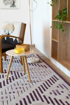 Dare to Rug <Hyper> from the 'Romanian Moods' Collection. Hand-tufted with the best New Zealand wool. Dares, Living Room, Interior Design, Rugs, Inspiration, Chairs, Home Decor, Wool, Collection
