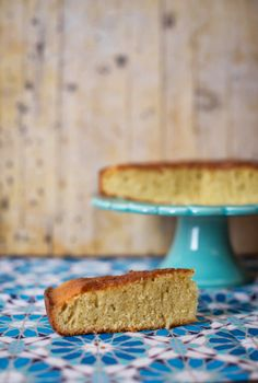 lemongrass and coconut cake