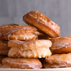 Cake Mix Donuts By So Yummy! These donuts really do take the cake! Cake mix, that is. It'll give you the best doughnuts with minimal effort — sounds like a win. Cake Mix Recipes, Donut Recipes, Dessert Recipes, Cooking Recipes, Cake Mixes, Baking Desserts, Cake Baking, Cake Mix Desserts, Box Cake Mix
