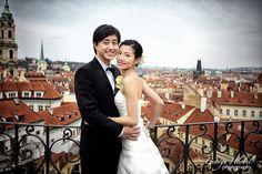 Experienced makeup artist with Asian makeup for pre-wedding photo portraits. Asian Makeup, Wedding Photoshoot, Prague, Wedding Makeup, Photo Shoot, Portrait, Wedding Dresses, Hair, Wedding Make Up