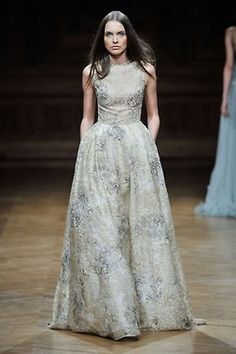Tony Ward Haute Couture Fall Winter 2014/15 Collection