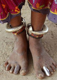 India | Jewellery of a Mir woman. Gujarat. | ©Walter Callens