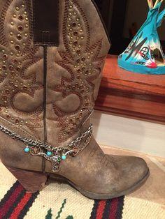 Cowboy boot bracelet