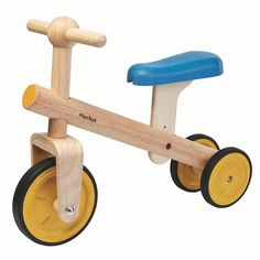 This is for the beginner bike riders before they learn how to pedal. Early bike riders can learn to balance with this Balance Bike Tricycle which features a three-wheeled vehicle. Wooden Toy Cars, Wood Toys, Baby Toys, Kids Toys, Bike Shelf, Plan Toys, Green Toys, Balance Bike, Classic Toys