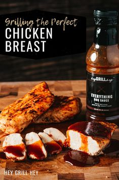 Making delicious Grilled Chicken Breast is easier to achieve than you think! I've got 5 simple steps to follow that ensure you get perfectly cooked, incredibly juicy, seasoned just-right chicken breasts every single time. Bbq Recipes Sides, Best Bbq Recipes, Traeger Recipes, Grilling Recipes, Favorite Recipes, Perfect Grilled Chicken, Grilled Chicken Sandwiches, Grilled Chicken Recipes, Bbq Chicken Salad