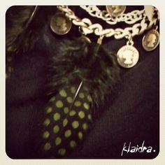 Klaidra *Limited Edition* feather necklace exclusively designed for JYou.gr✨ @jennygr_team #klaidra #greekdesigners #limitededition #feather #bohemian #gypsy #bohochic #necklace #statement #chains #coins #designers #exclusive #jyougr #jennygr #handmade #sneakpeek #jewelry #klaidrajewelry #ExclusiveShopJennygr