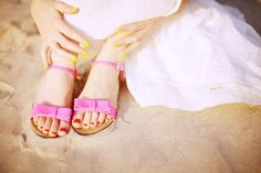 The Cherry Blossom Girl - yellow nails and pink bow sandals